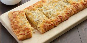 5-ingredient-crescent-cheesy-bread_hero